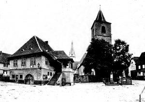 Altes Rathaus. Simultan-Kirche. Kriegerdenkmal. Immaculata